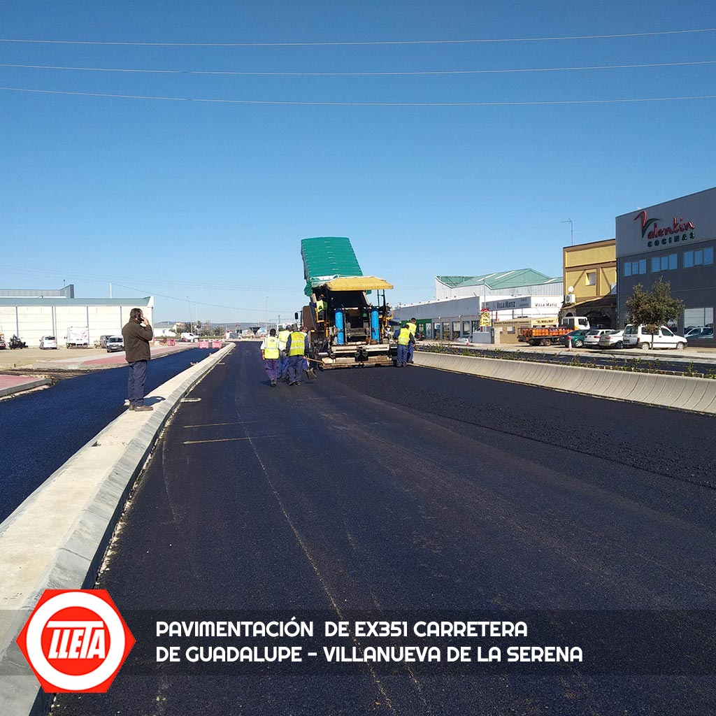 Pavimentación de Carretera EX351 Guadalupe - Villanueva de la Serena